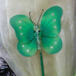 Πεταλούδα με στικάκι