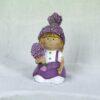 Κοριτσάκι με μωβ φουστάνι και λεβάντα, ύψους 7cm